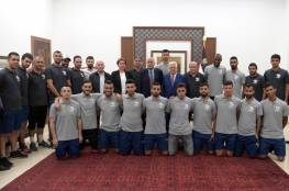 الرئيس يستقبل وفد المنتخب العراقي لكرة القدم