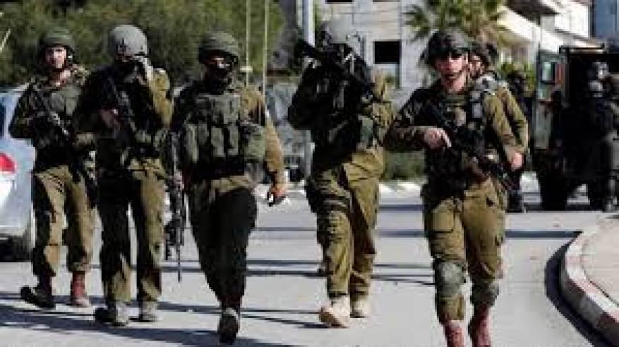 الاحتلال يواصل تصعيد انتهاكاته: شهيد وإصابات واعتقالات واعتداءات للمستوطنين