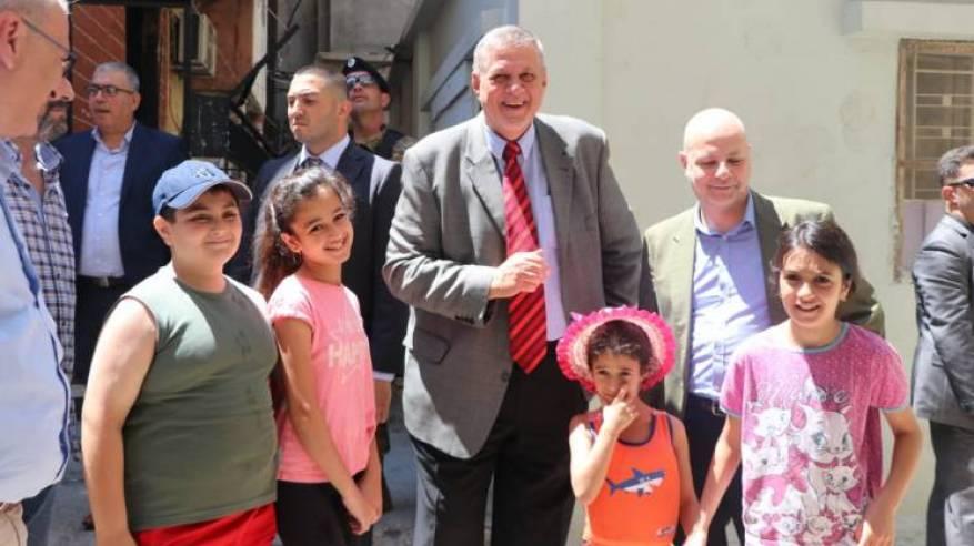 المنسّق الخاص للأمم المتحدة ومدير عام الأونروا في لبنان يزوران مخيّم المية ومية للاجئي فلسطين