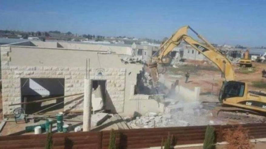 الاحتلال يقرر هدم 3 منازل في قلنسوة