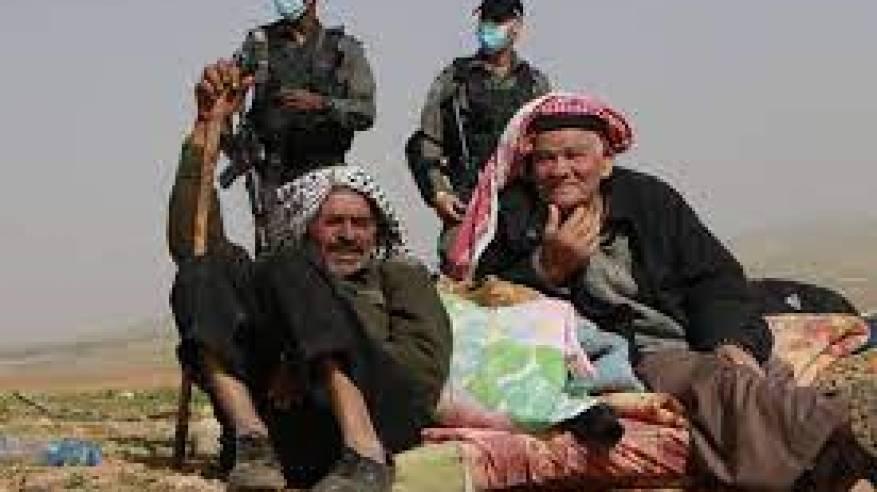 الاحتلال يواصل انتهاكاته: إصابة شابين واعتقال 16 مواطنا من الضفة واستهداف للصيادين والمزارعين في غزة