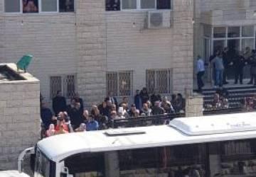 الاحتلال يقتحم كلية المقاصد في القدس