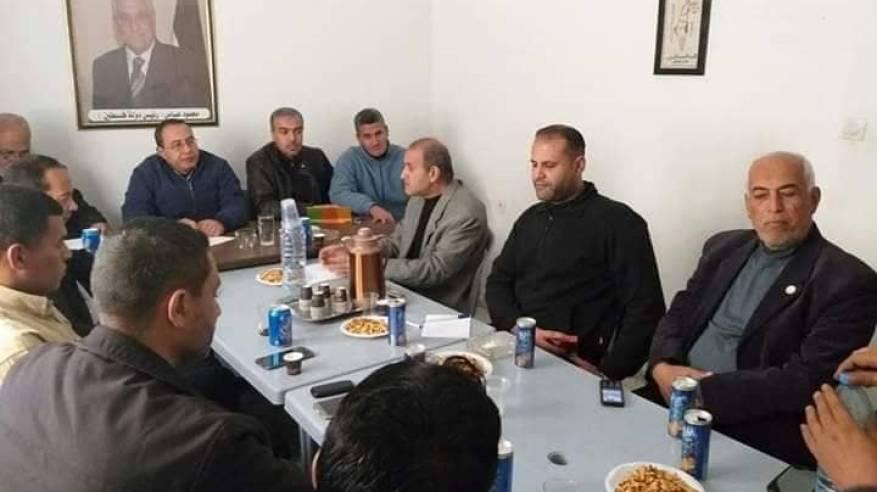 لجنة لاجئي خان يونس تعقد اجتماعاً لدعم استمرار عمل الاونروا
