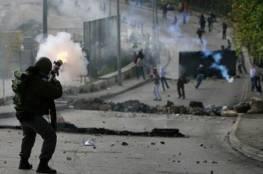 اصابات برصاص الاحتلال والاختناق خلال مواجهات في بيت أمر