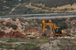 نابلس:شق طريق استيطاني جديد في أراضي عصيرة الشمالية