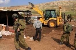 الاحتلال يهدم 7 منشآت سكنية وحظائر أغنام بالأغوار الشمالية