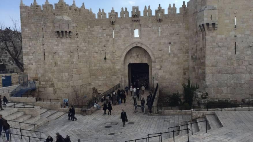 القدس: الاحتلال يغلق