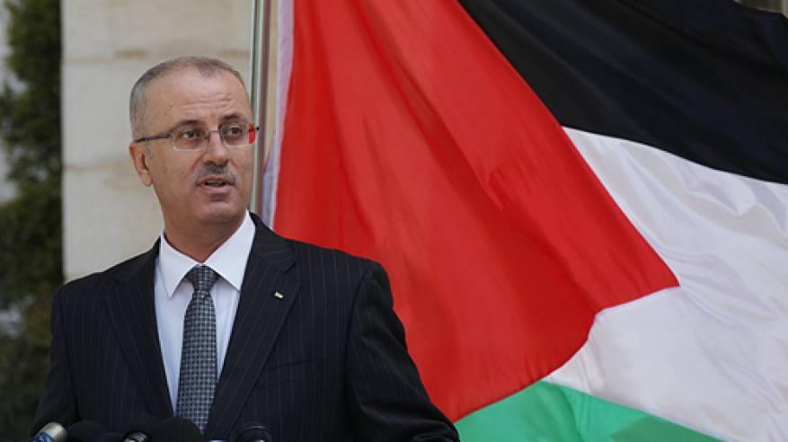 المحمود يؤكد إصابة اثنين من مرافقي رئيس الوزراء في هجوم للمستوطنين