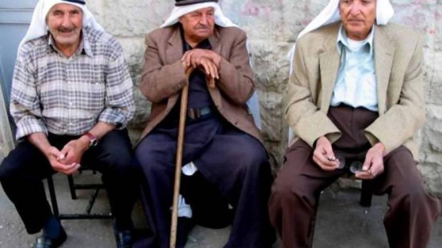 الإحصاء: 5% من الفلسطينيين أعمارهم 60 عاما فأكثر