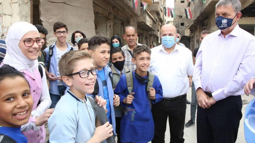 المفوض العام للأونروا يقوم بزيارة رسمية لسورية ويستعرض الاحتياجات الإنسانية الهائلة للاجئي فلسطين