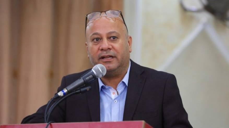د. أبو هولي ينقل تعازي الرئيس لأسرة المواطن أبو شمالة ويتكفل بعلاج طفلته رواء