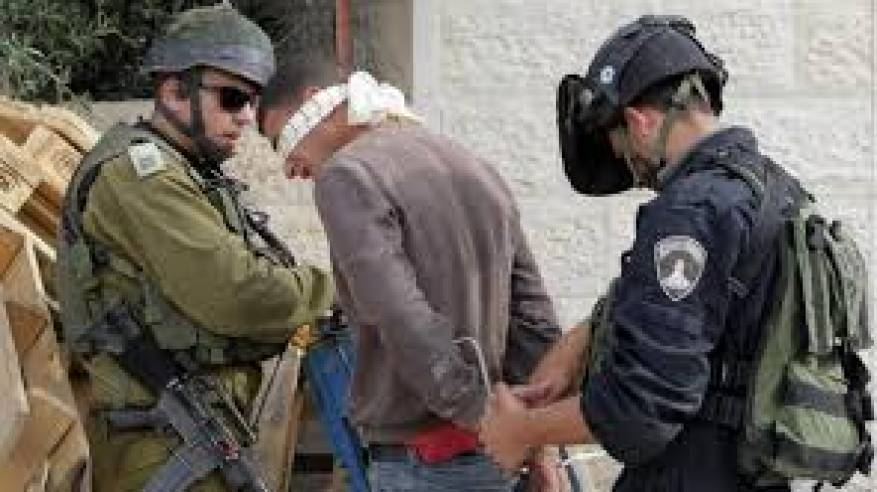 الاحتلال يواصل انتهاكاته: اعتقالات وتنكيل بالمواطنين واقتحام للأقصى