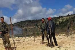 بيت لحم: الاحتلال يطرد مزارعا وأسرته من أرضه غرب الخضر
