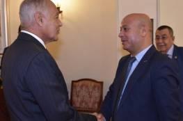 د. أبو هولي و د. أبو الغيط يؤكدان بدء تحرك الجامعة في الأمم المتحدة لتجديد تفويض الأونروا