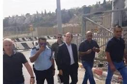 بلدية الاحتلال تبدأ العمل في مخيم شعفاط تنفيذا لأوامر