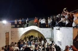 """آلاف المستوطنين يقتحمون """"مقام يوسف"""" شرق نابلس برفقة وزير اسكان الاحتلال"""