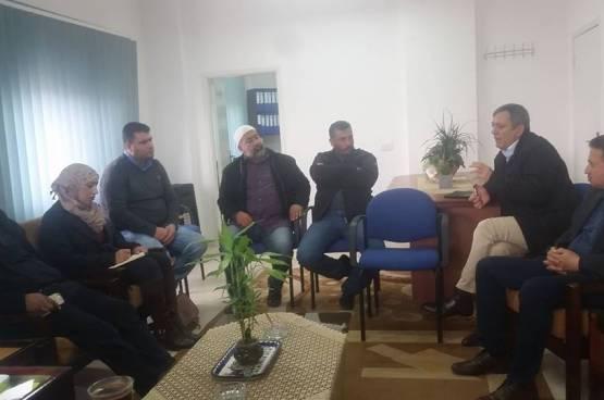 وفد من مخيم شعفاط يلتقي وكالة الغوث في بيتونيا