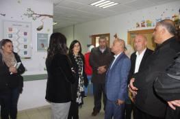 خلال لقائه اللجان الشعبية: د. ابو هولي اللجنة التنفيذية للمنظمة اتخذت قرار بتوحيد الجهد الفلسطيني لإحياء ذكرى النكبة في الوطن والشتات