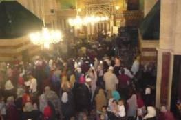 الآلاف يؤمون الحرم الإبراهيمي في ذكرى الإسراء والمعراج رغم عراقيل الاحتلال