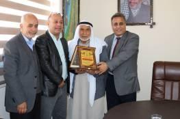 د. ابو هولي يستقبل في مكتبه وفد مجلس عشيرة بن سعيد