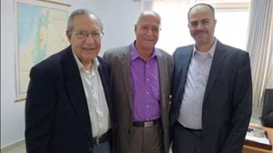 فتوح يؤكد أهمية تفعيل دور الجاليات الفلسطينية في كل الساحات الدولية