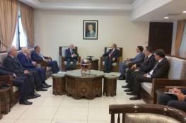 وفد منظمة التحرير يلتقي نائب وزير الخارجية السوري فيصل مقداد