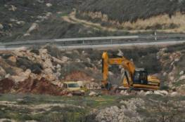 مستوطنون يجرفون أراضي غرب بيت لحم لصالح شارع استيطاني