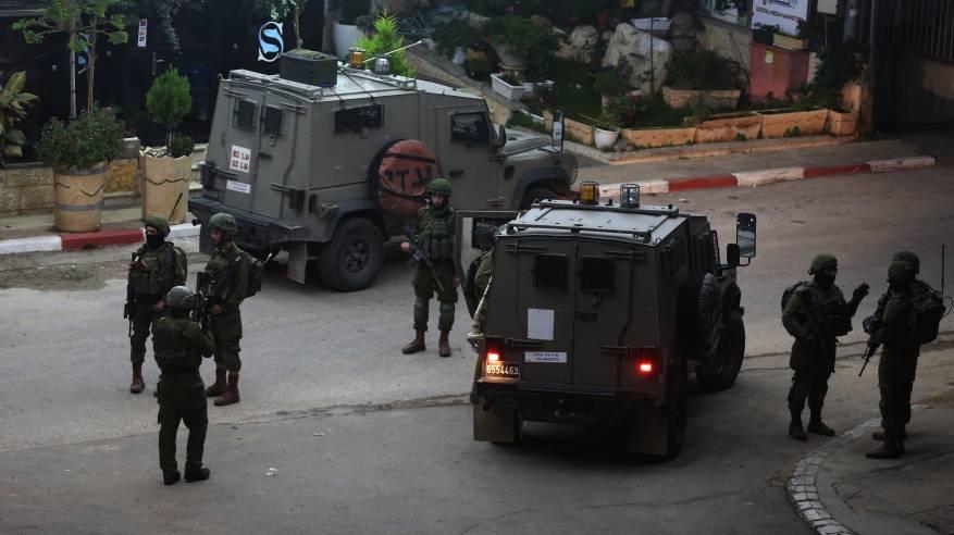 الاحتلال يقتحم عدة أحياء في مدينة رام الله