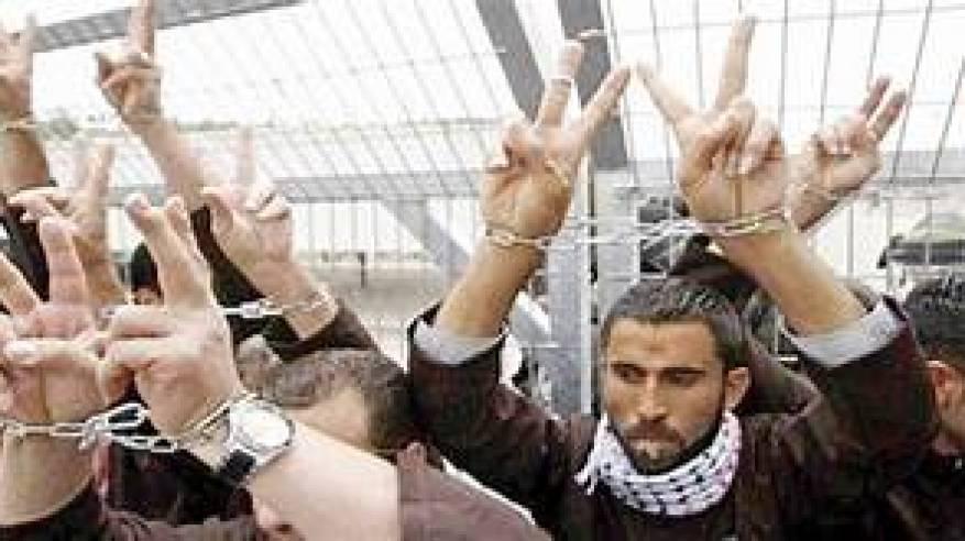 لجنة الأسرى : مقاطعة محاكم الاحتلال ستبقى سارية حتى العاشر من أيلول