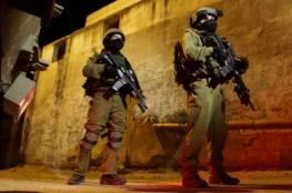قوة خاصة إسرائيلية تقتحم مسجد جمال عبد الناصر وسط البيرة وتستولي على تسجيلات كاميرات
