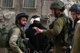 قوات الاحتلال تعتقل 14 مواطنا من الضفة بينهم أسيران محرران