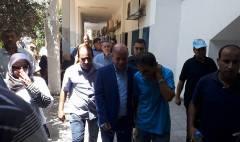 الدكتور احمد ابو هولي  يزور  المعتصمين داخل مقر وكالة الغوث في مدينة غزة – الأحد الموافق 12/8/2018