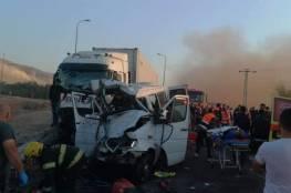 مصرع 6 عمال مقدسيين  جراء حادث سير مروع في الأغوار