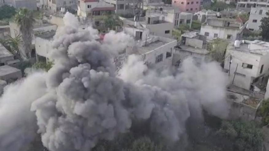 قوات الاحتلال تُفجر منزل عائلة الشهيد عمر أبو ليلى في بلدة الزاوية غرب سلفيت
