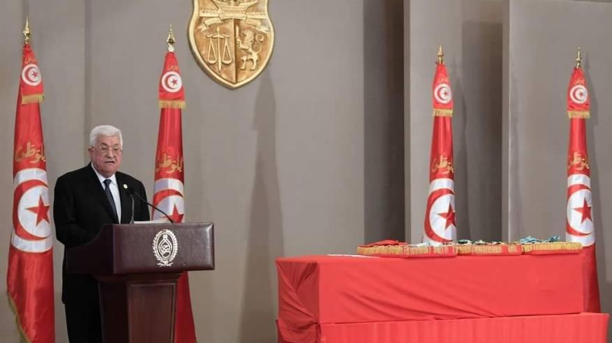الرئيس في وداع الراحل السبسي: لتونس منزلة خاصة في قلوبنا فمنها بدأنا رحلة العودة إلى فلسطين