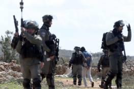 تقرير: شهيدان و450 معتقلا وهدم 59 منزلا والمصادقة على آلاف الوحدات الاستيطانية خلال تشرين الأول الماضي