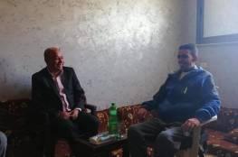 د. أبو هولي يشاطر آل درويش الأحزان بوفاة فقيدهم اسماعيل درويش
