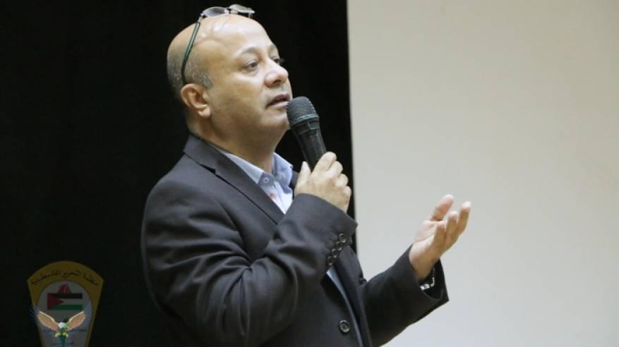 د. ابو هولي يتقدم باحر التعازي والمواساة من الاخ محافظ الوسطى د. عبد الله ابو سمهدانة