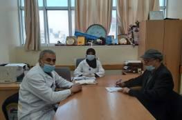 اللجنة الشعبية بدير البلح تتابع  مع  ادارة عيادة الاونروا ما هو مستجد من اليات جديدة لعملها