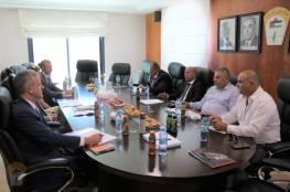 د. أبو هولي يبحث مع مساعد وزير الخارجية الامريكي اوضاع اللاجئين في المخيمات الفلسطينية وازمة الاونروا المالية