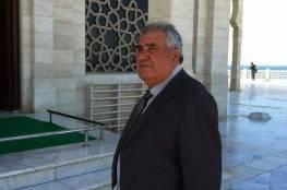 د. أبو هولي ينعي البروفيسور عدنان قاسم