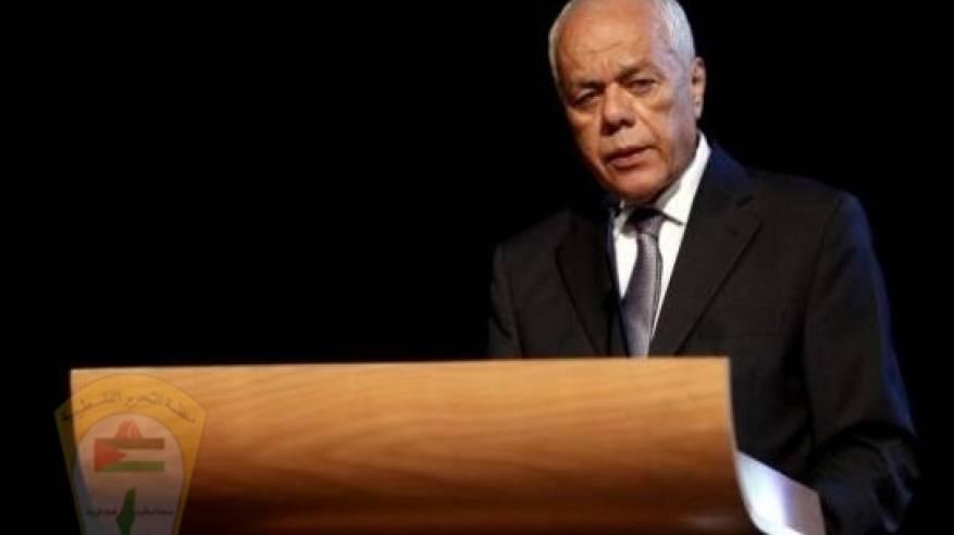 د. ابو هولي ينعى المناضل الكبير امين عام الرئاسة الطيب عبد الرحيم