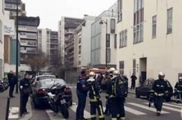 مسلحون يحتجزون رهائن بمحل تجاري في باريس